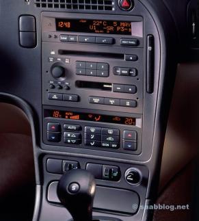 حرب الأزرار. Saab 9 5 I