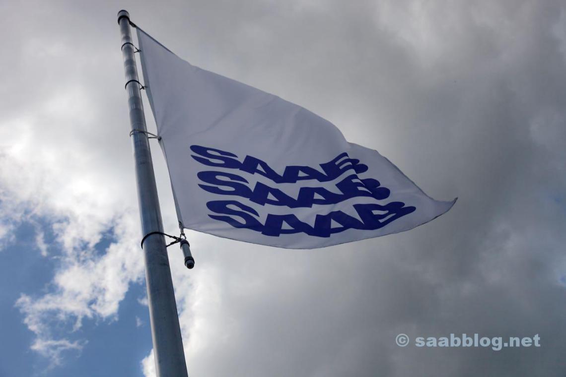 Saab Flagge im Wind