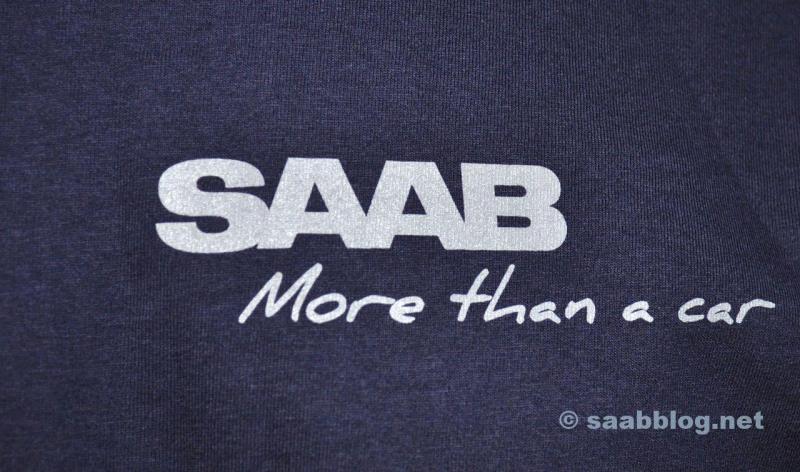 Saab T-shirt. Bara en av många detaljer.