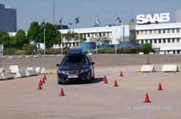 Das Werk als Kulisse, keine Saab Fahnen mehr.