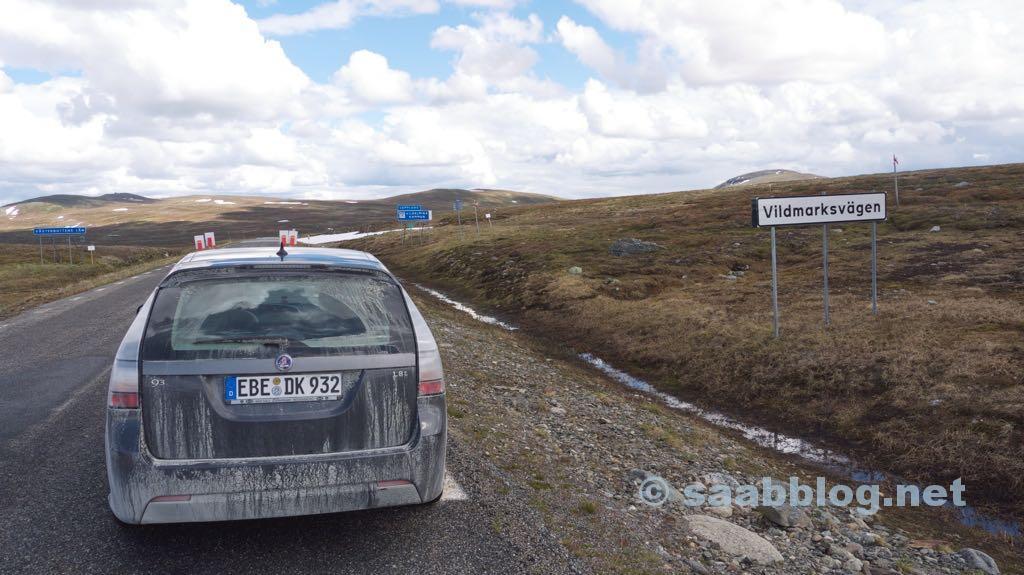 Saab 9-3 na estrada em casa