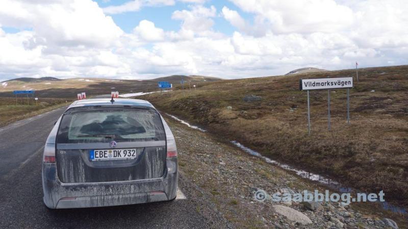 Saab 9-3 sulla strada in casa