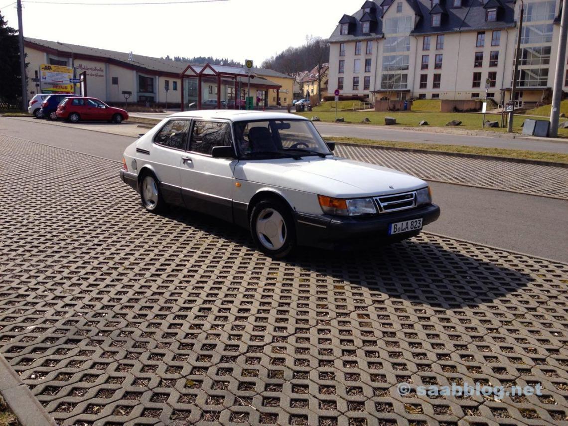Saab 900 na compra.