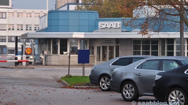 Portal principal da fábrica Saab. Outono 2011.