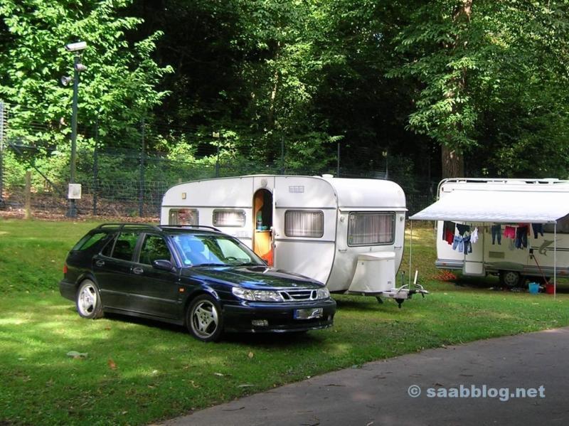 Saab 9 5 Aero. In un campeggio vicino a Londra
