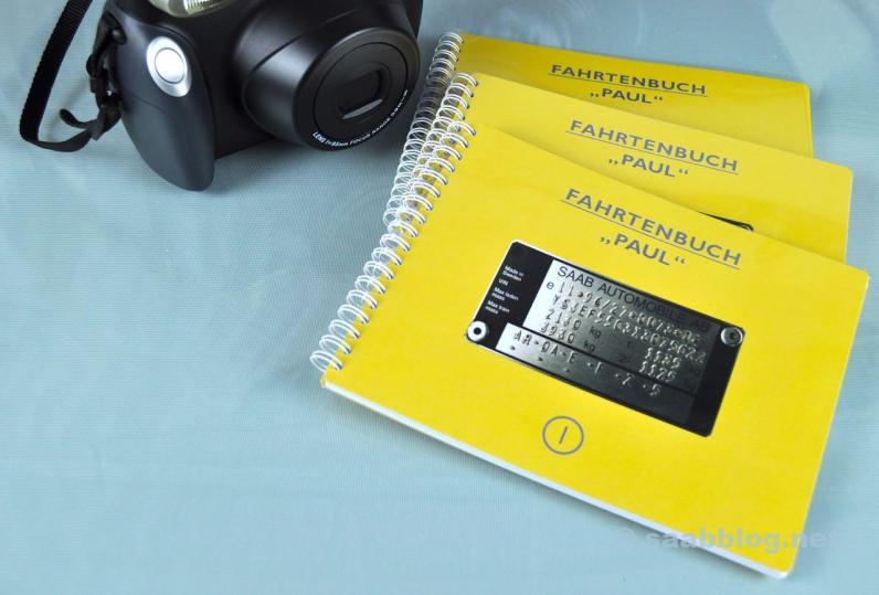 Eine Sofortbild Kamera sorgt für analoge Bilder.