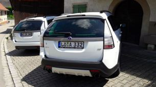 Fuhrpark: Saab 9-3x und 9-3 Kombi.