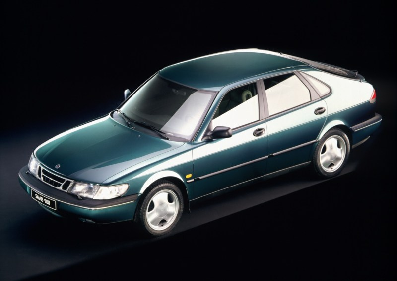 Saab 900 II press photo 1993