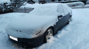 Saab en la nieve