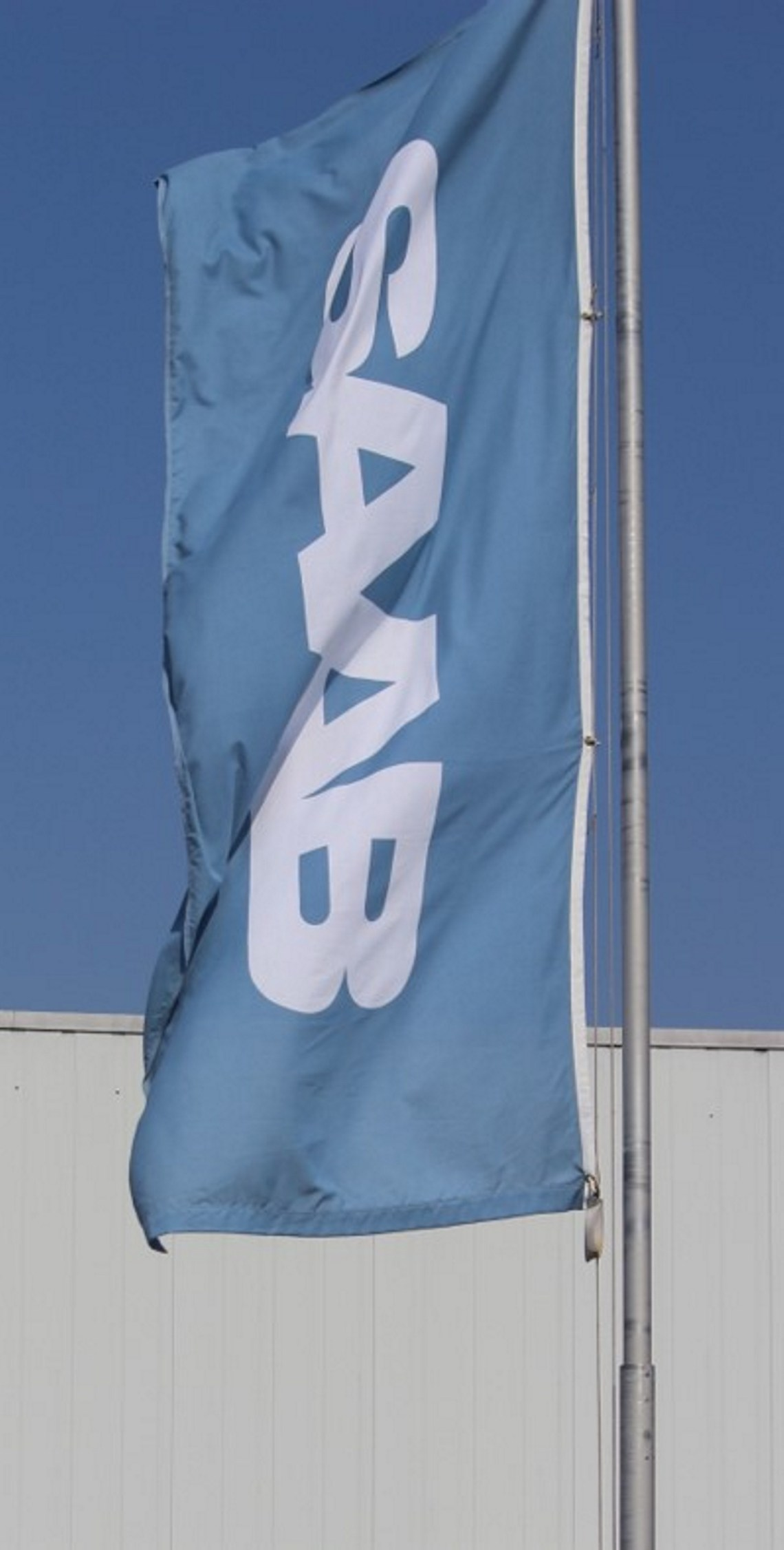 Saab flagga i vinden