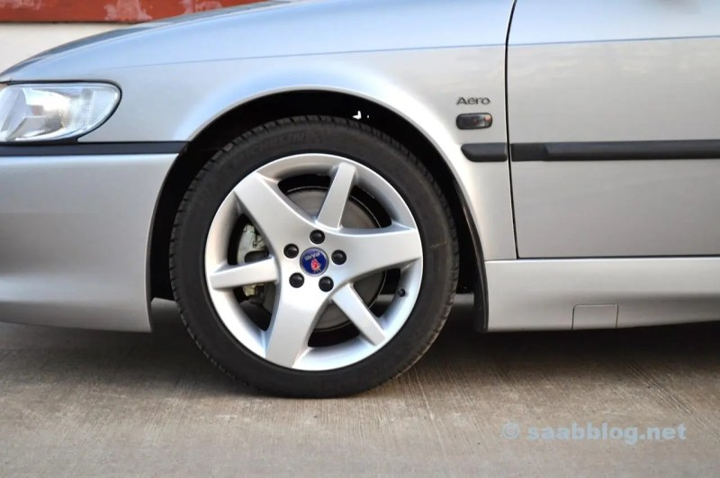 """Looks good: 16 """"brake system from the 9-5 OG"""