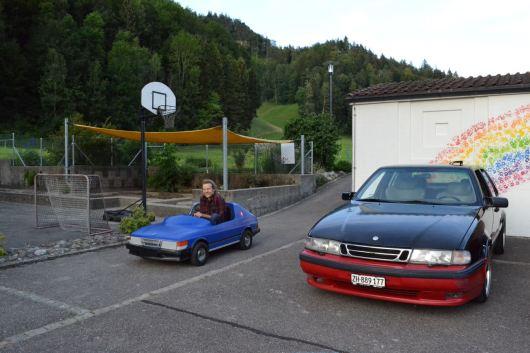 Grande o pequeño, un Saab es un Saab ...