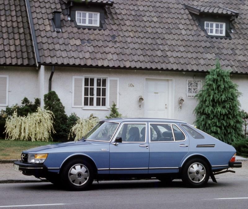 Früher Saab 900. Auch er hatte schon einen Innenraum Luftfilter