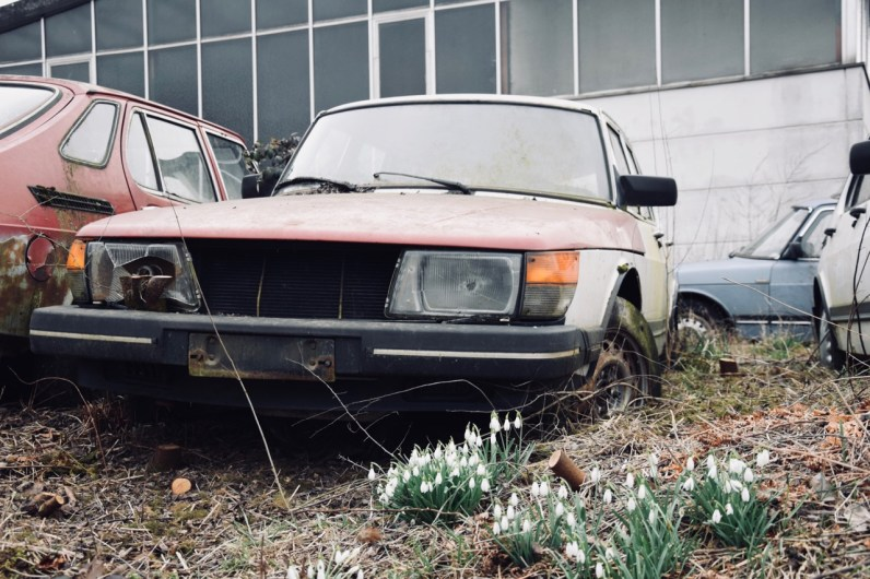 Final resting place for a Saab 900?