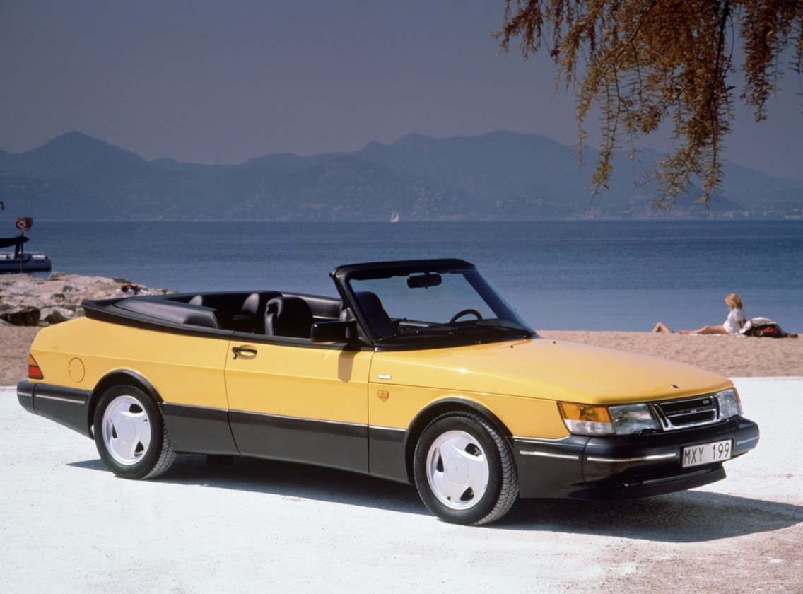 Desirable convertible Saab 900 Monte Carlo. It is being traded high.