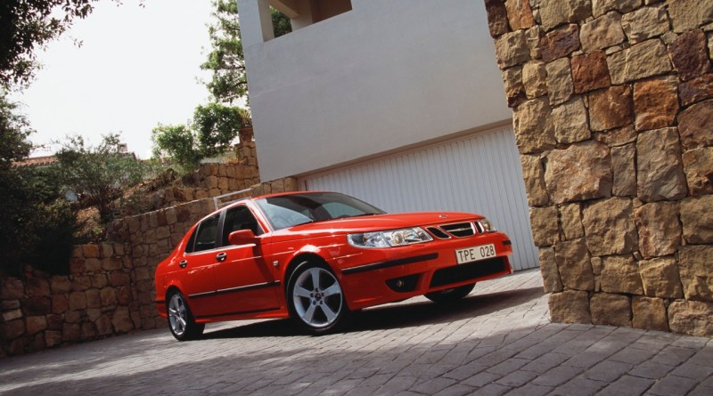 Saab 9-5 Aero model year 2005. What else parks outside the front door. Are there any alternatives to Saab?