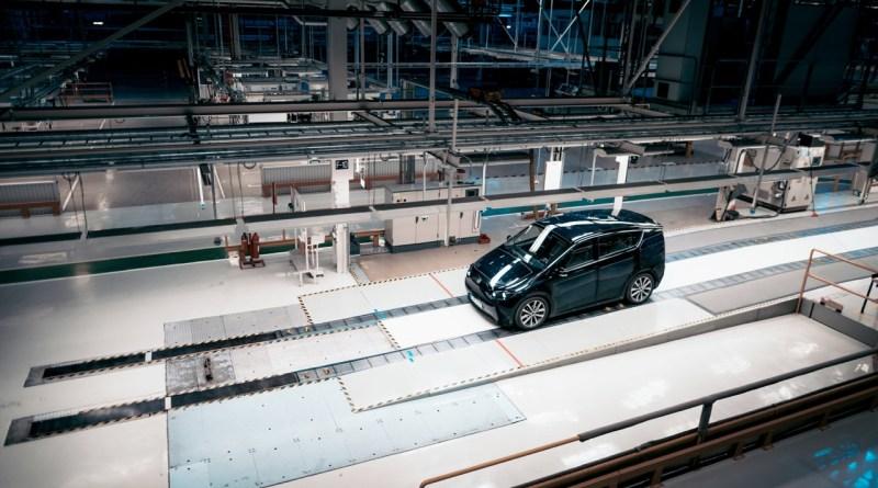 Sono Motors prototipo nell'ex stabilimento Saab di Trollhättan