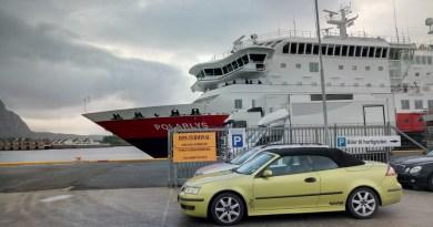 Saab fährt Hutigruten
