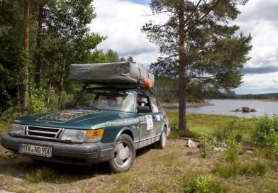 Treffen mit dem Carbage run Saab 900