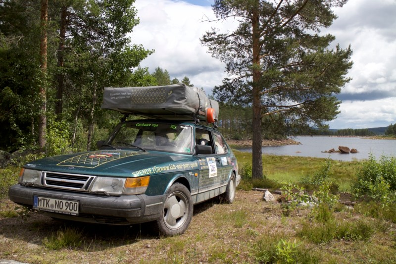 Saab 900 in its natural environment
