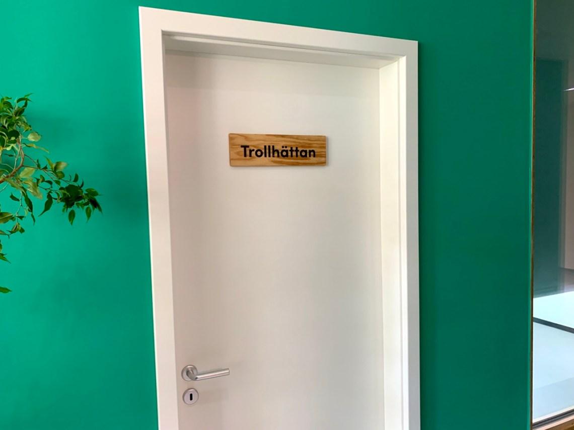 Да, серьезно. Комната Trollhättan в Соно Моторс