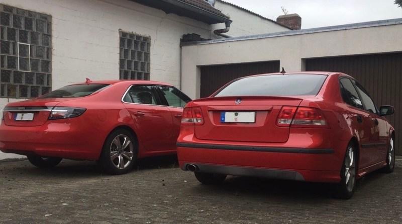 Dois Saabs vermelhos. Isso é bom!