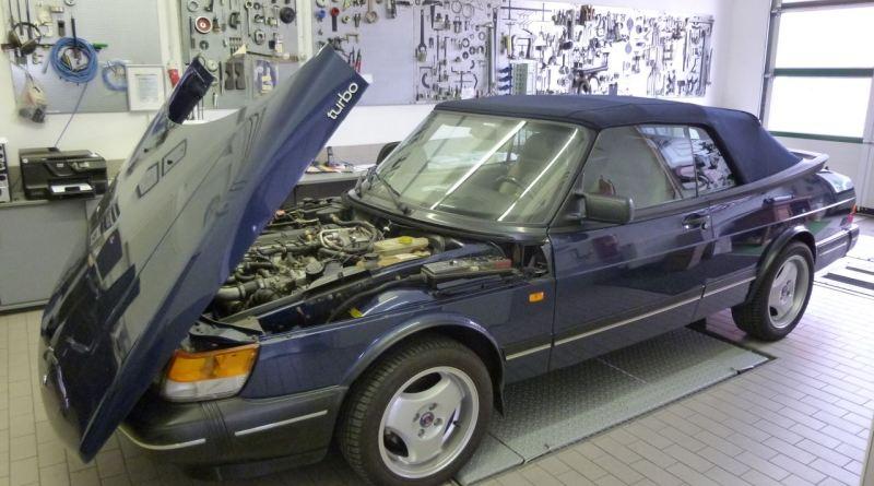 Centro de Saab Bamberg, 900 Cabriolet.