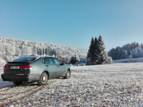 Хороший зимний день в Чехии. Подчинение Антона