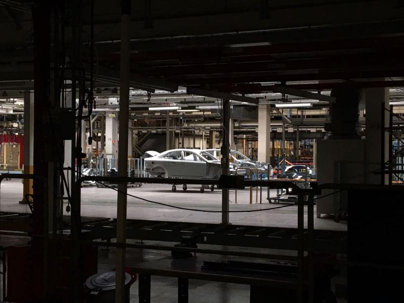 Blick in das ehemalige Saab Werk. Hier soll der Sion gebaut werden.