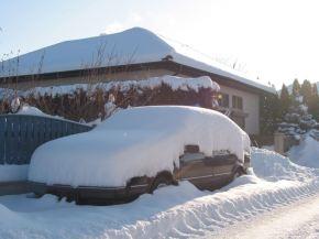 Então o que há nele? O Saab 9000 de Erich. Você teria reconhecido?