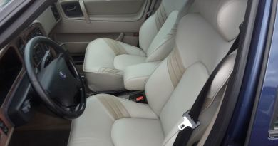 You have to see: Fantastic aero seats in sandy beige!