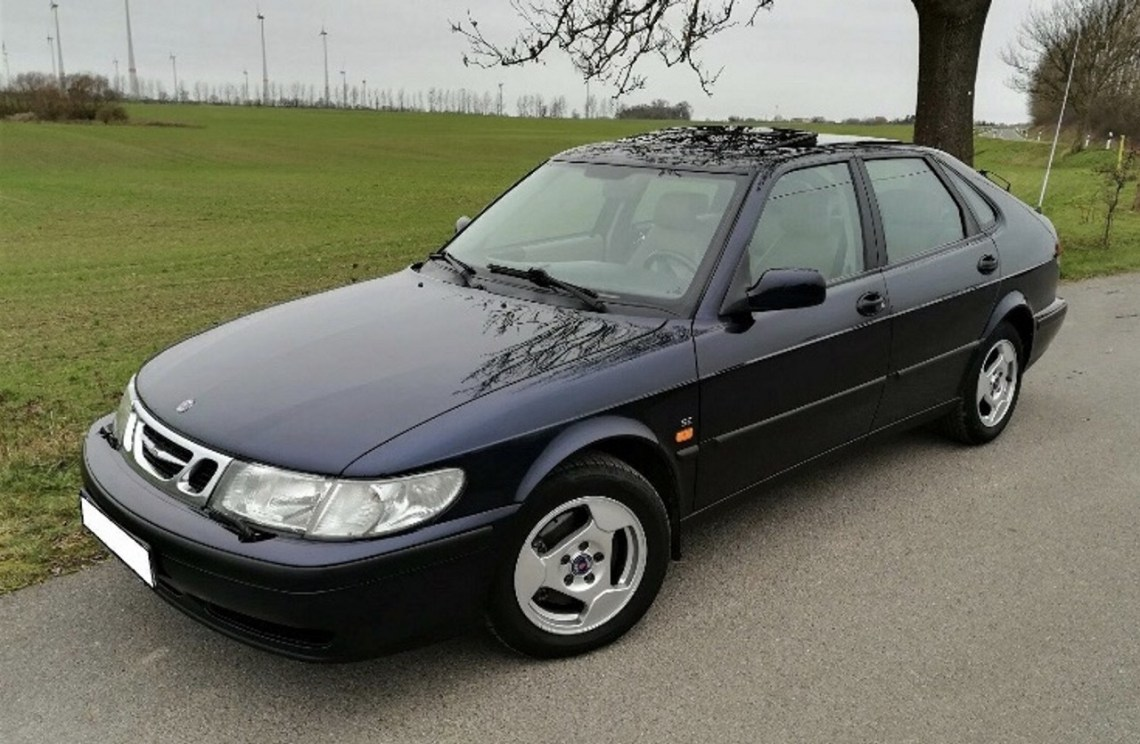 The long way to the first Saab. Here he is!