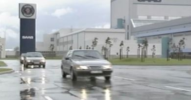 Saab 9000 и Citroën XM покидают завод Saab