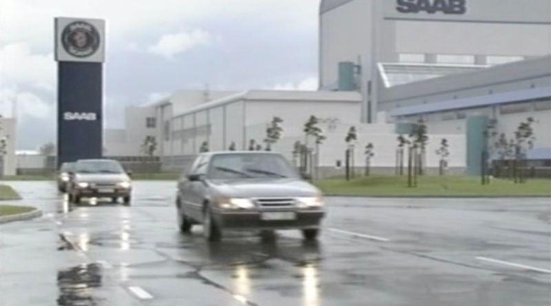 Saab 9000 und Citroën XM verlassen das Saab Werk