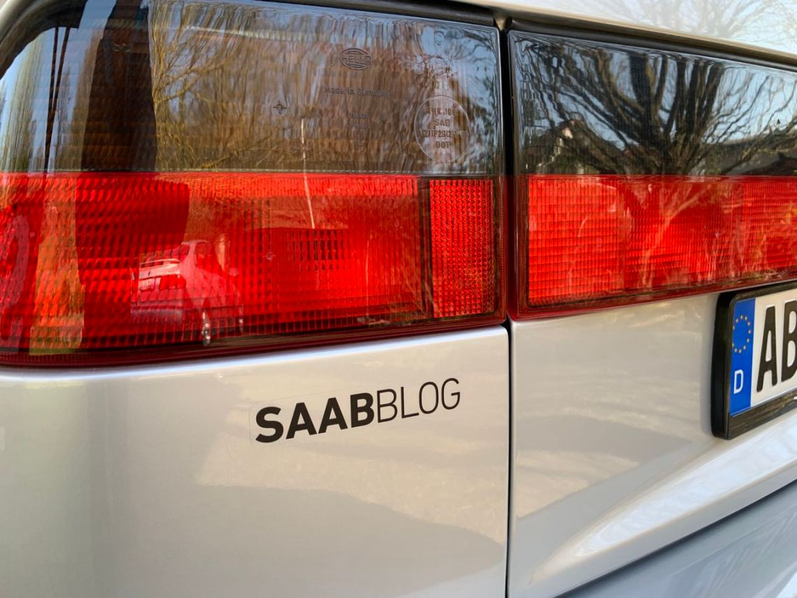 El tiempo de Saab también fue esta semana. Las nuevas pegatinas del blog están aquí.