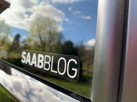 Gli adesivi Saabblog sono disponibili in due versioni