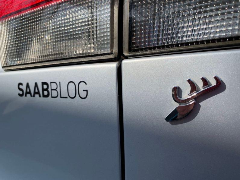 Saabblog klistermärke på 9-3 Aero