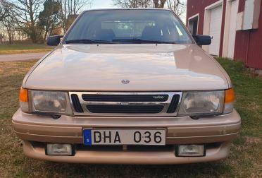 I fendinebbia corrispondono agli accessori disponibili di Saab