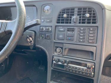 Automatisk klimatkontroll, uppvärmda säten, modern radio
