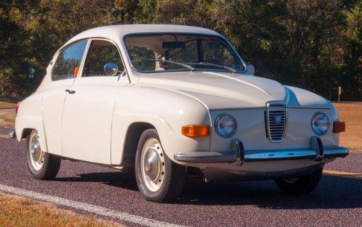 Una Saab 96 elettrica avrebbe potuto sembrare qualcosa del genere in fabbrica