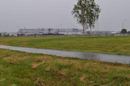 Dia chuvoso e a fábrica da Saab