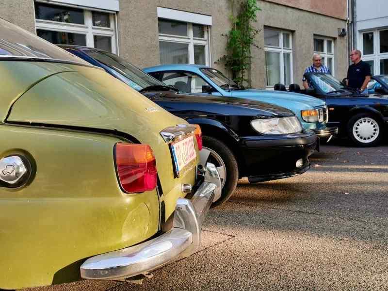 Schwedische Autokultur im Kunsthof