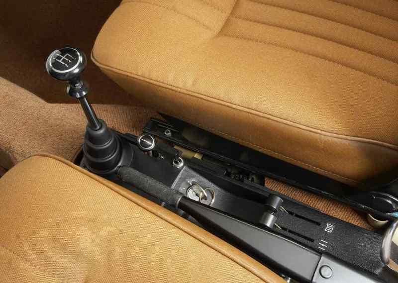 Myth Saab-transmission med mekanisk startspärr när tändningsnyckeln tas bort - här i Saab 99