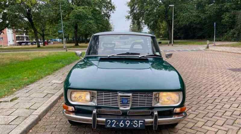 Saab 99 Serie 1 - Chrom Grill und Stoßfänger geben der Limousine Leichtigkeit