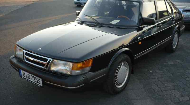 Dieser Saab 900i aus dem Jahr 1991 wurde in Berlin gestohlen