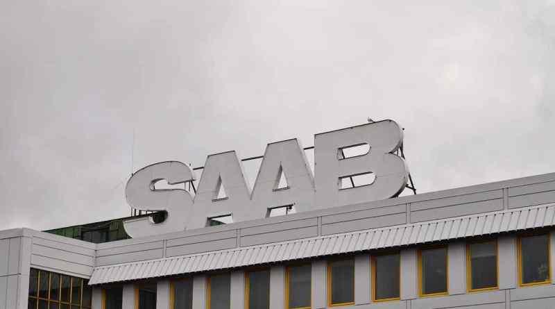 Lange her - Saab Schriftzug in der Stallbacka