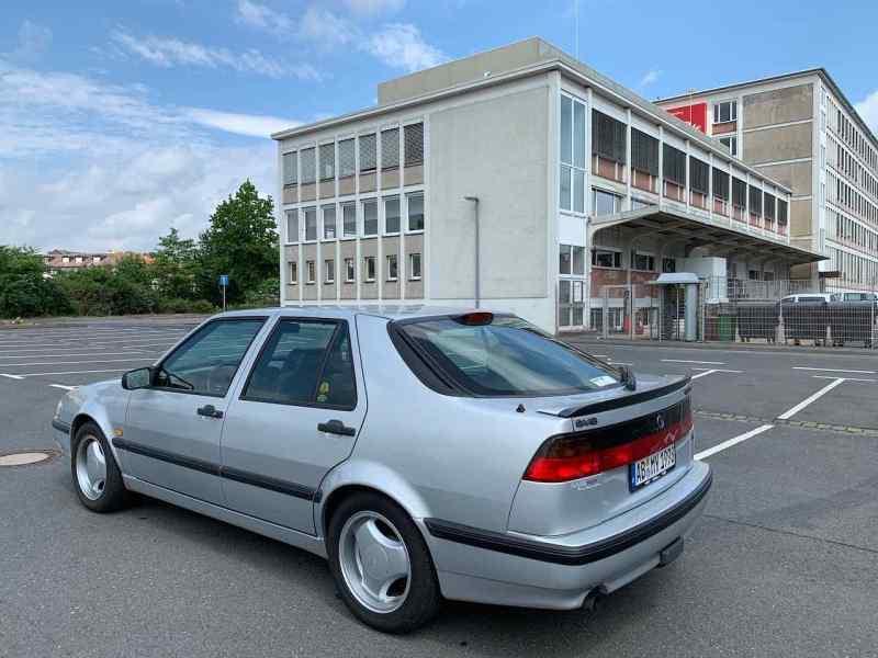 Saab 9000 CSE. Encore bon.