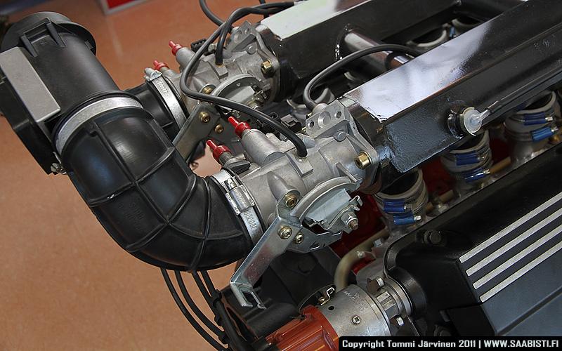 Saab V8 throttle bodies