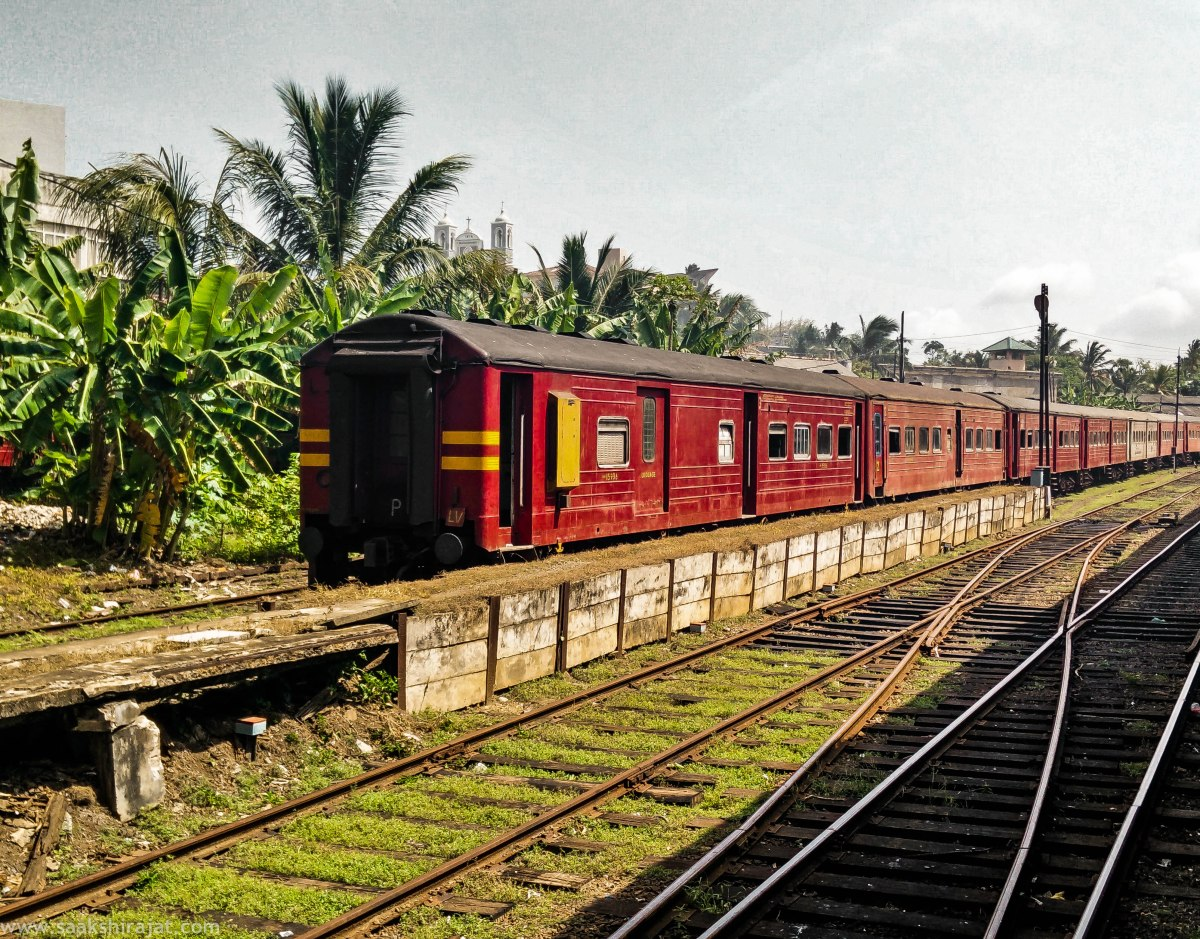 A train journey which unveils contrast- Colombo to Galle