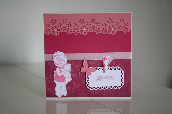 Une carte de naissance girly